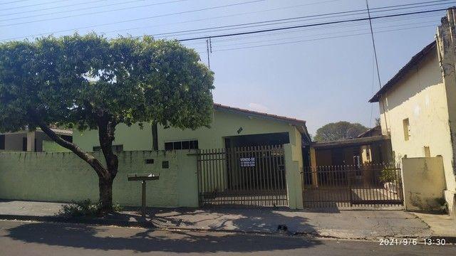 Casa e terreno centro de Tupi Paulista