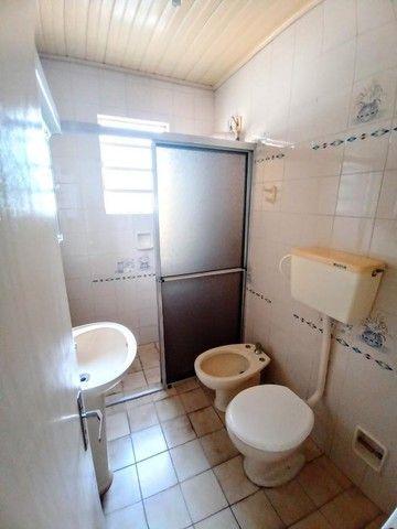Casa de 3 dormitórios com pátio enorme na Vila Santo Angelo em Cachoeirinha/RS - Foto 9