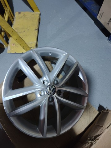 Vendo roda 17 polegadas - Foto 3