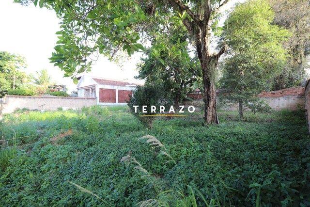 Terreno à venda, 718 m² por R$ 2.000.000,00 - Centro - Araruama/RJ