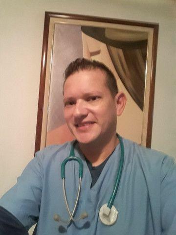 Enfermeiro e Cuidador Home Care