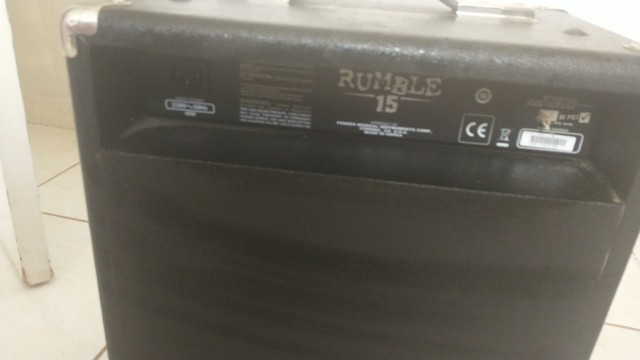 Amplificar baixo  fender Rumble 15 - Foto 2