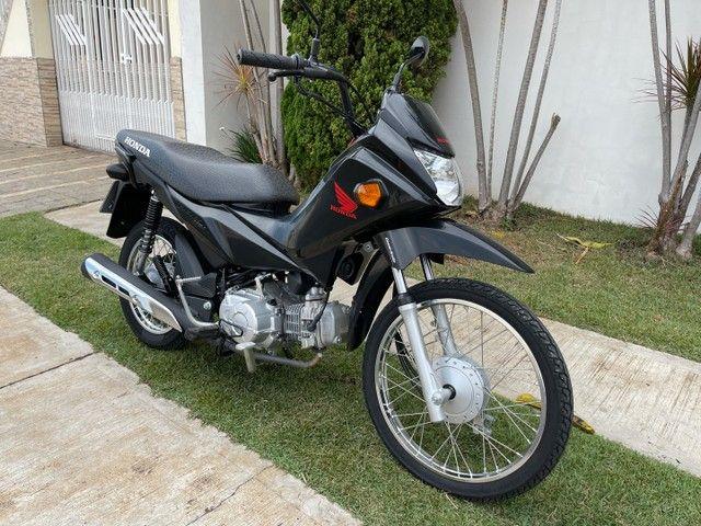 Honda POP 110i 2020 Estado de zero (800km) Aceito trocas parcelo cartão financio  - Foto 13