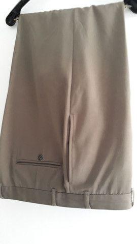 CALÇA masculina tradicional linha social, Tamanho G-Plus, cor clara