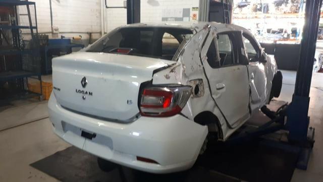 Sucata Renault Logan 2015/16 1.6 106cv Flex - Foto 4