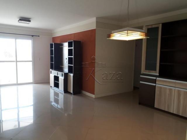 Apartamento à venda com 3 dormitórios em Jardim america, Sao jose dos campos cod:V29797LA