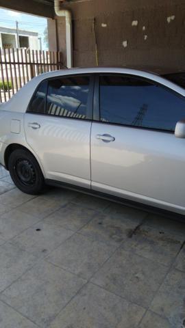 Troco por menor valor Nissan Tiida - Foto 6