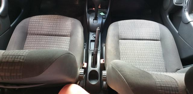 Sandero 1.6 automático em ótimo estado - Foto 5