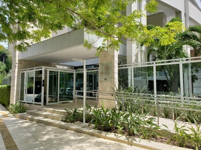 Apartamento a venda no ed Esquina das silva no bairro meireles