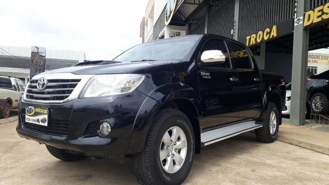 Toyota - Hilux SRV - 2012 - Foto 2