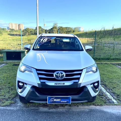 Hilux Sw4 2.8 Srx Diesel 4x4 7 Lugares - 2018