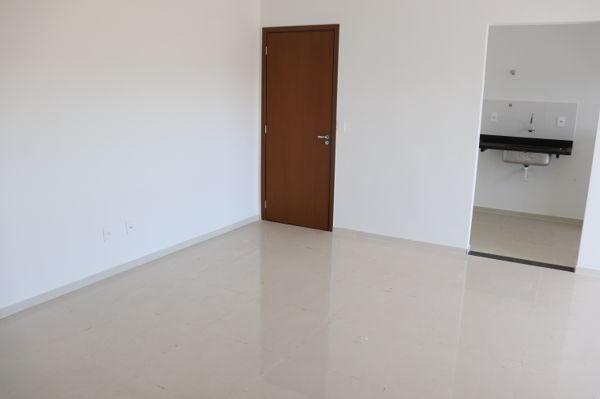 Apartamento com 3 quartos no Condomínio Residencial Lakeside - Bairro Residencial Itaipu - Foto 17