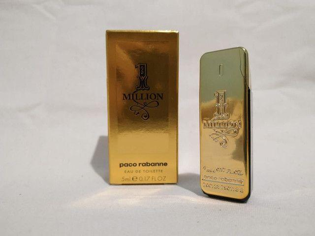 4 miniaturas perfumes importados + nécessaire YSL de brinde. - Foto 3