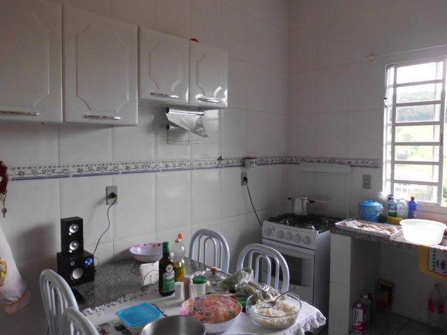 C485 -Casa com três dormitórios em excelente bairro - Foto 3