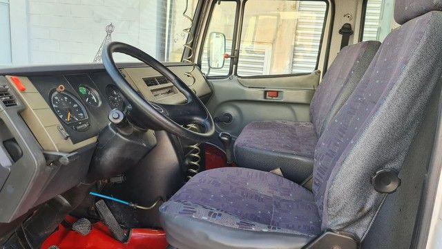 Caminhão Mercedes 710 2012 - Foto 11