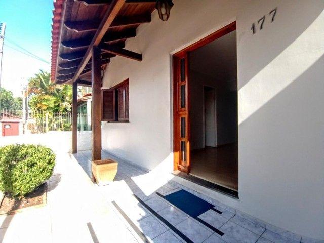 Casa de 3 dormitórios com pátio enorme na Vila Santo Angelo em Cachoeirinha/RS - Foto 4