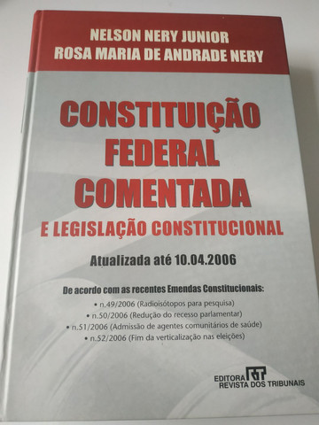 Livro CONSTITUIÇÃO FEDERAL COMENTADA