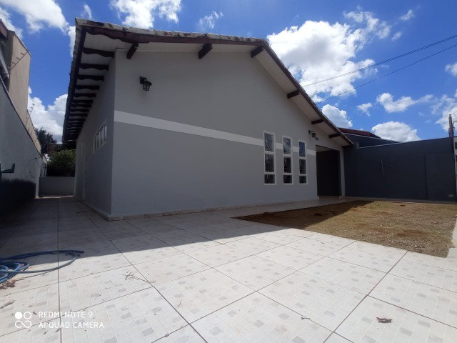 Linda Casa Tijuca com Varanda com 360 m² com Edícula**Venda** - Foto 13