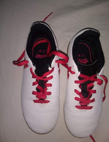 Tênis para futsal Adidas - Foto 4