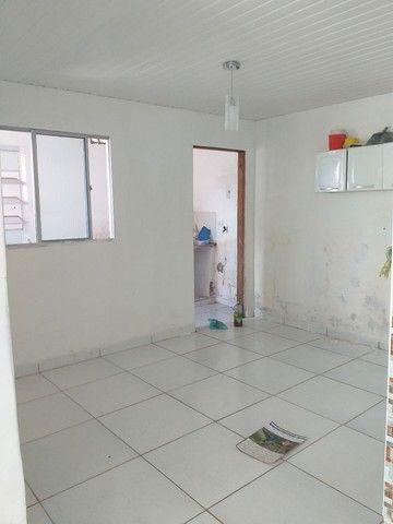 Aluga se CASA EM LINHA DO TIRO - Foto 2