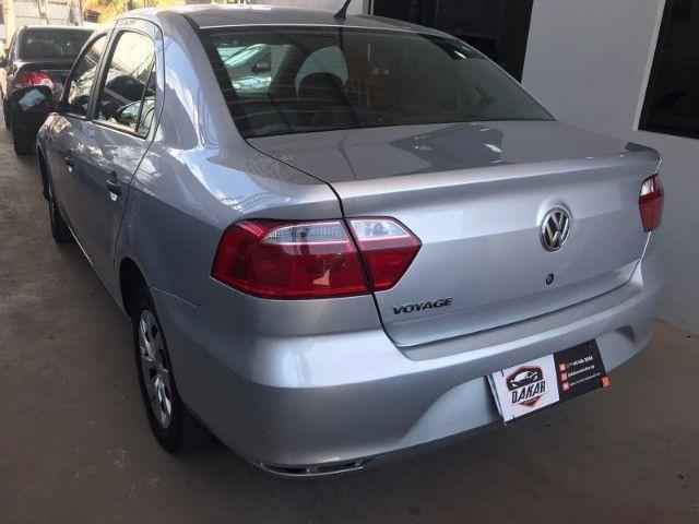 VW Voyage 1.0 2019 Completo  - Foto 11