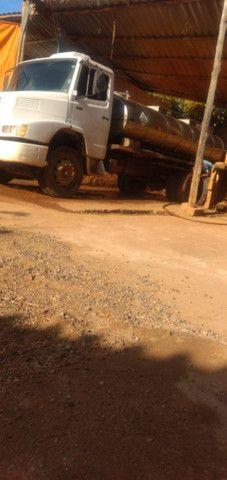 Caminhão 1621 tanque - Foto 3