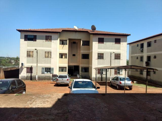 Apartamento 2 quartos/Quitado/Próx.Av.Ernesto Geisel/Água inclusa no condomí/Aceita carro