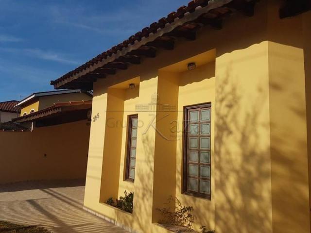 Casa à venda com 3 dormitórios em Bosque dos eucaliptos, Sao jose dos campos cod:V29738LA