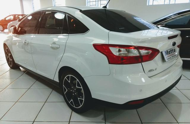 Focus sedan titanium plus c/ Teto 2014 - Foto 3