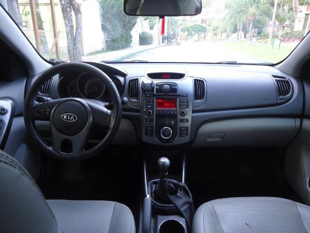 Kia Motors Cerato 1.6 - Foto 10