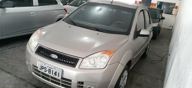 Fiesta sedan 1.0 - Foto 2
