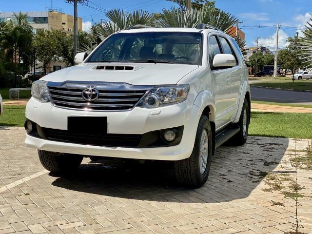 Toyota Hilux Sw4 - Srv 3.0 4x4 - 7 lugares - 2013/2014- muito conservada - Foto 3