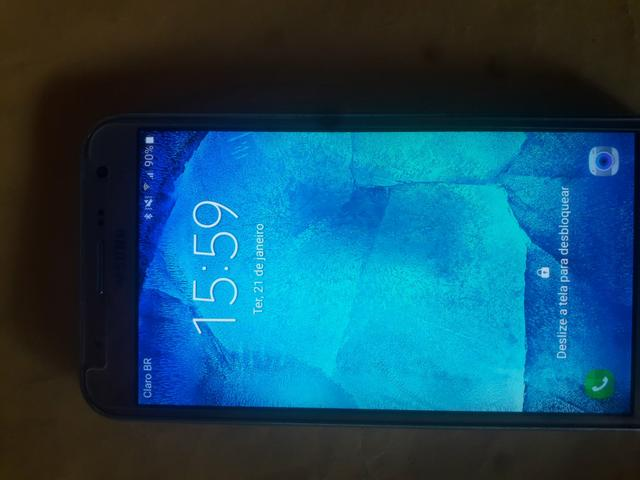 Vendo celular j7