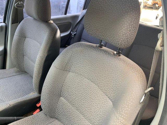 Renault Clio 1.0 2011 Sucata para retirada de peças - Foto 8