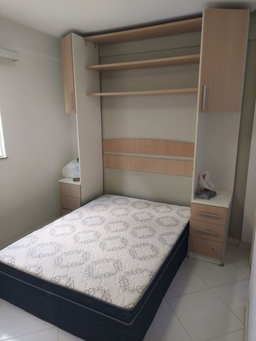 Apartamento mobiliado 2/4 com suíte 3° andar - Foto 3