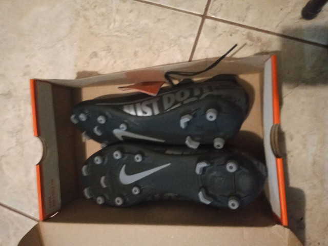 Chuteira Nike - Foto 2