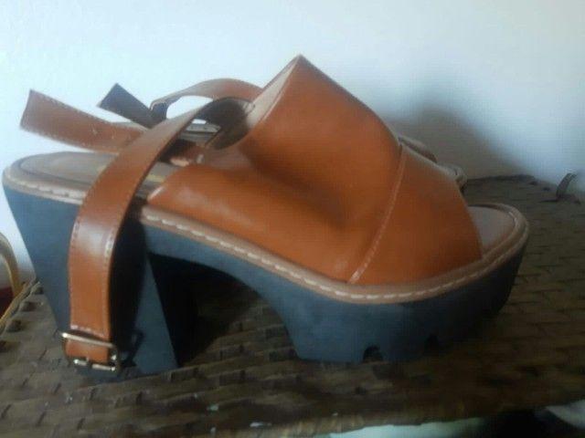 Sandalha semi-nova