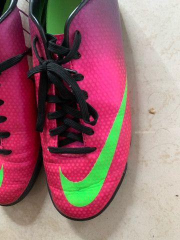 Chuteira Nike Feminina Rosa Original  - Foto 5