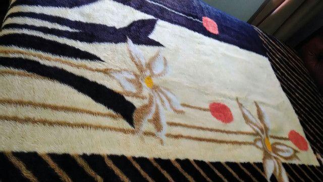 Vendo cobertor casal semi novo