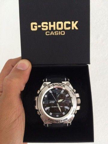 Relógio G-Shock Caixa de aço A prova d'água.