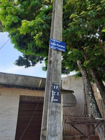 Imóvel comercial c salão +2 casas no terreno. - Foto 2