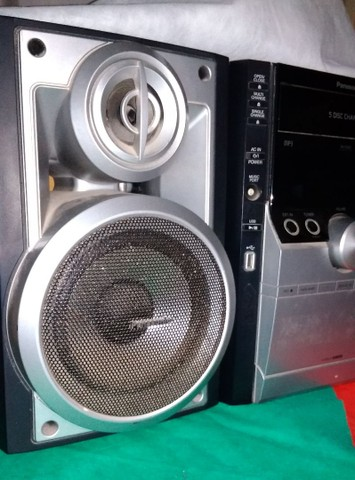 Som Panasonic completo (com controle) -  5 discos (MP3)<br> -  300 reais para vender logo!  - Foto 2