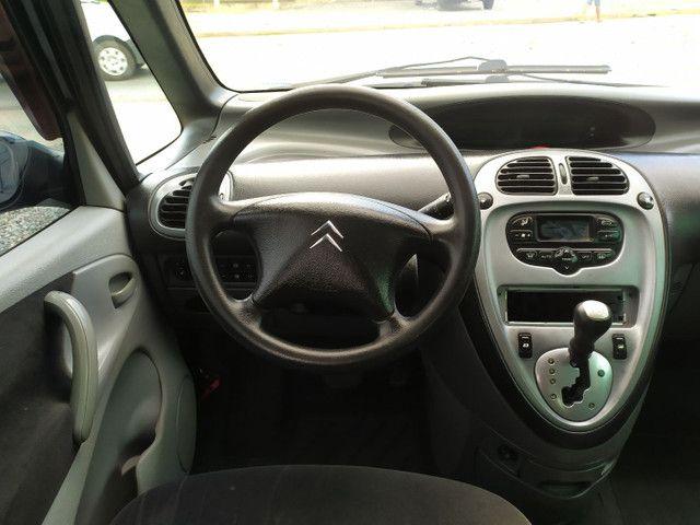 Citroën Xsara Picasso 2.0 Exclusive 2005<br>Automática - Foto 9