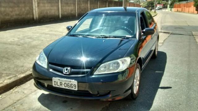Perfect Honda Civic LX 2003/2004   Automático