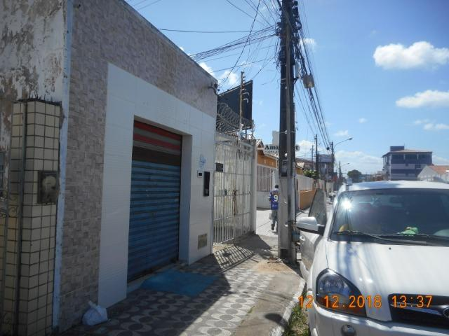 Loja comercial na rua laranjeiras bairro getulio vargas - Foto 3