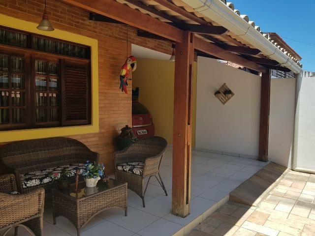 Belíssima casa com 3 quartos à venda no Conjunto Pajuçara, Maceió-AL - Foto 2