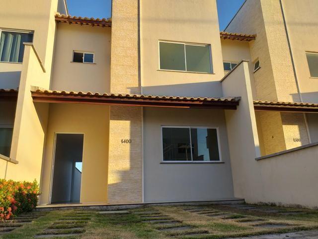 Linda casa em condomínio com ótima localização