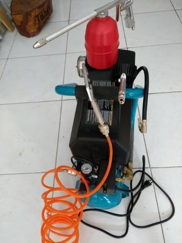 Compressor de ar Makita mac 700 - com acessórios (220v) R$ 1.100,00
