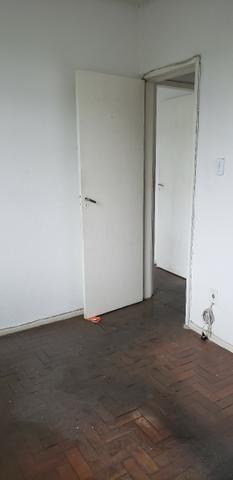 Apartamento no bairro Irajá, 2 quartos - Foto 5