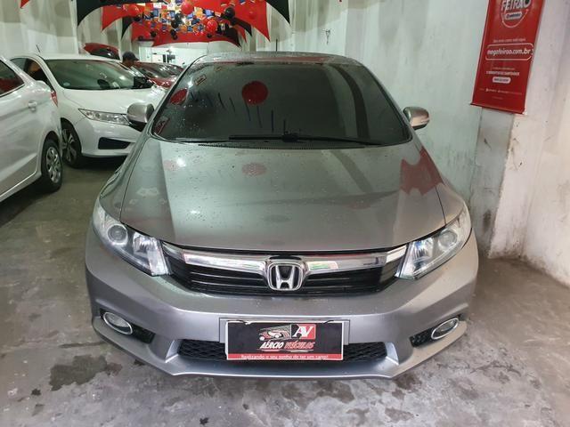 Honda Civic 2013 1 mil de entrada Aércio Veículos gtc